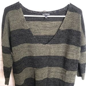 Express sweater with quarter length sleeves